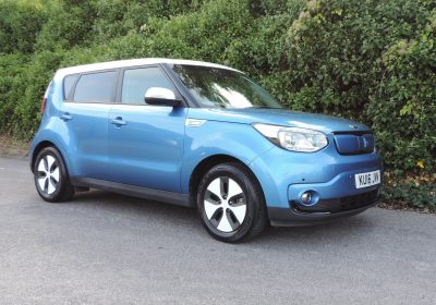 Kia Soul EV (2016) Caribbean blue / Grey cloth
