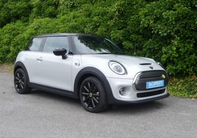 Mini Electric Cooper S L2 33kWh (2020) White Silver with black roof / Black leatherette & cloth